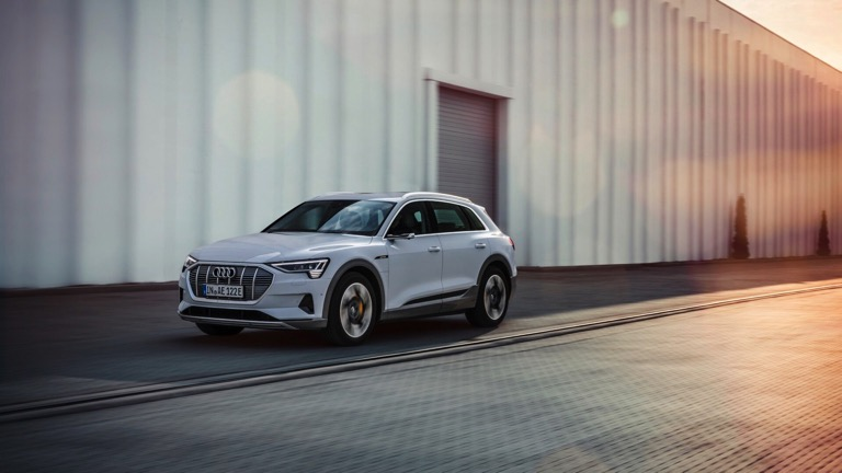 Audi E Tron 50 Quattro Price And Specifications Ev Database