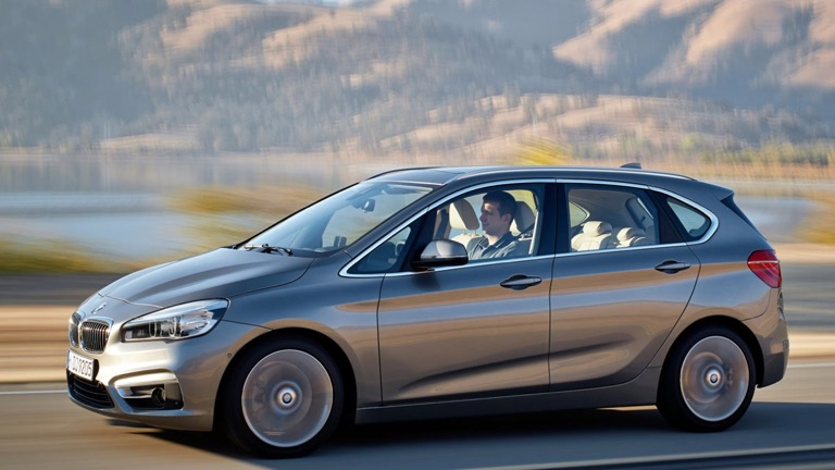 BMW 225xe iPerformance Active Tourer (2015-2018) price and ...