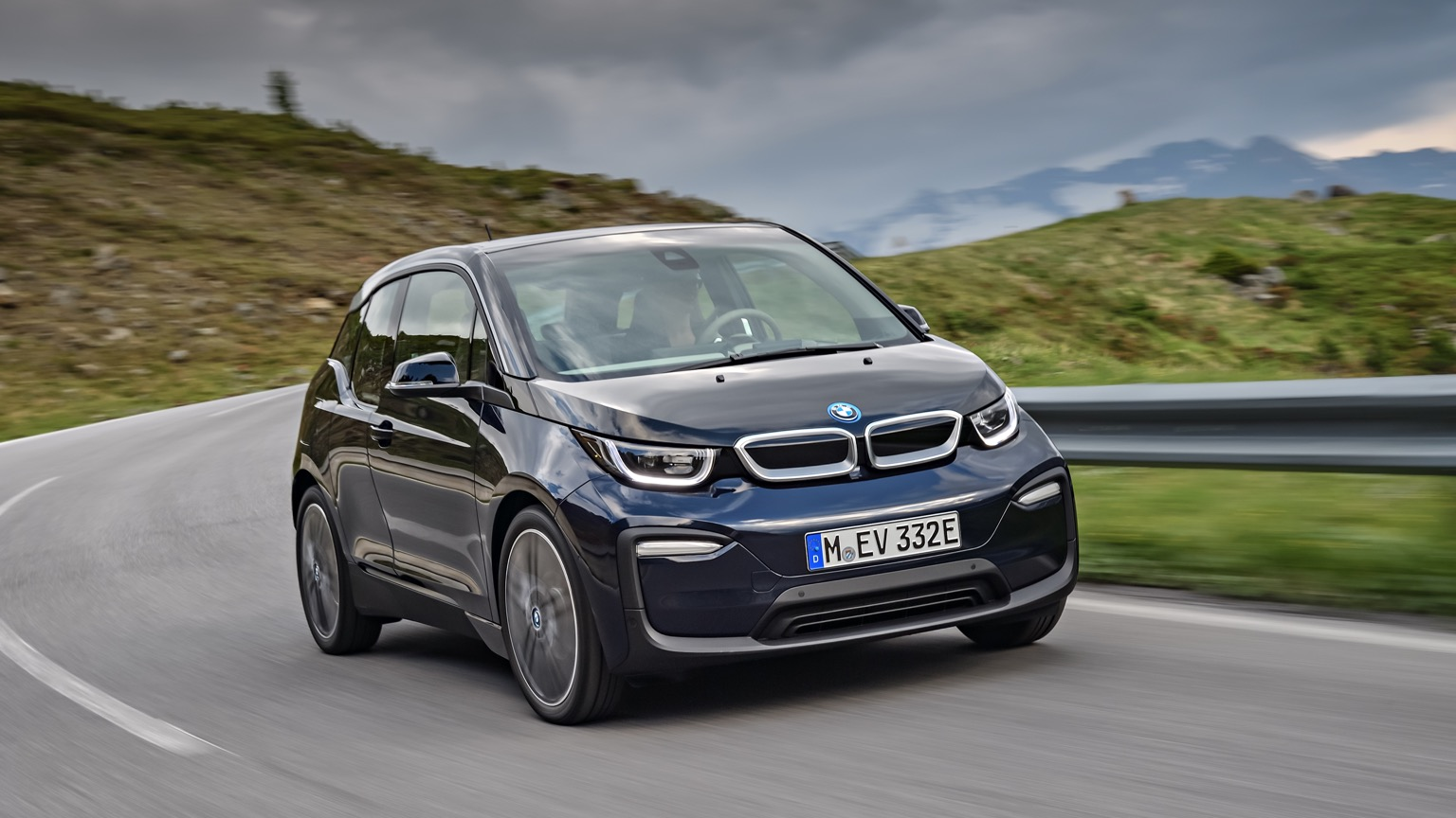 bmw i3 price and specifications ev database. Black Bedroom Furniture Sets. Home Design Ideas