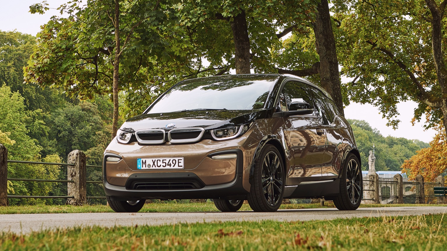 BMW i3s 120 Ah price and specifications - EV Database