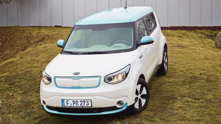 kia soul ev 2014 2017 price and specifications ev database. Black Bedroom Furniture Sets. Home Design Ideas