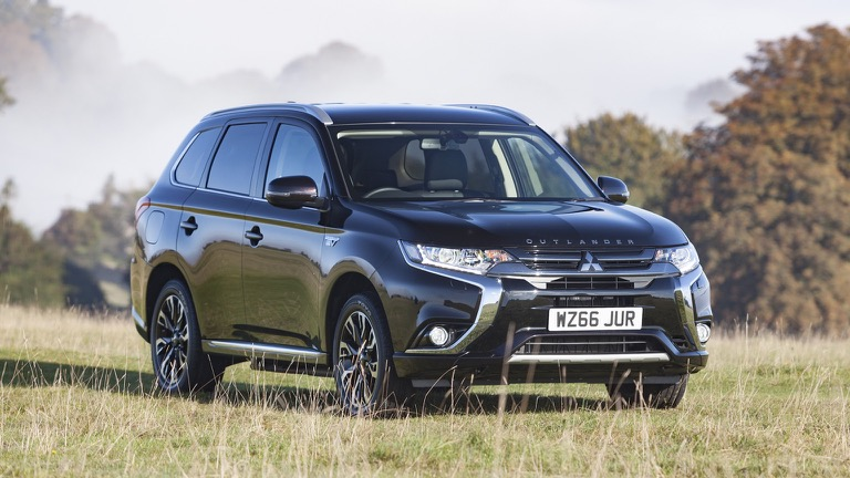 Mitsubishi Outlander Phev 2017 2018 Price And Specifications Ev