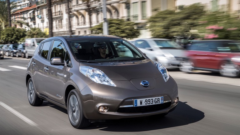 Nissan Leaf 24 kWh (2015-2018) price and specifications - EV Database
