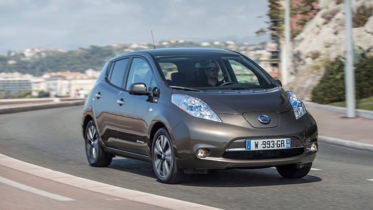 Best Cold Weather Car Battery >> Nissan Leaf 24 kWh (2015-2018) price and specifications ...