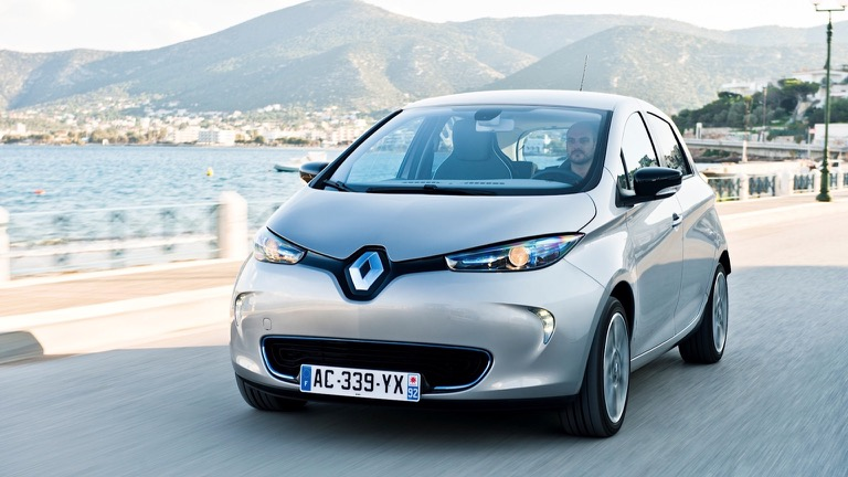 renault zoe q90 ze40 2017 2018 price and specifications ev database. Black Bedroom Furniture Sets. Home Design Ideas