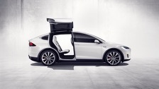Tesla Model X P100D (2017-2019) price and specifications - EV Database