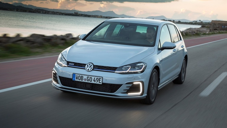 volkswagen golf gte (2017-2018) price and specifications - ev database